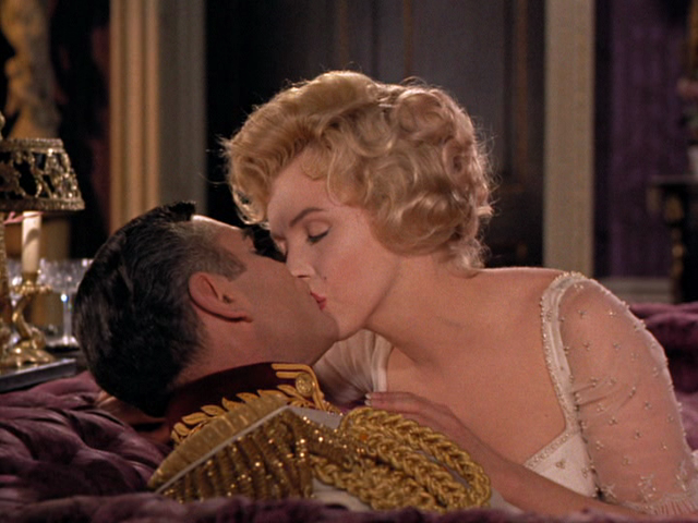 Andy's Film Blog: The Prince and the Showgirl