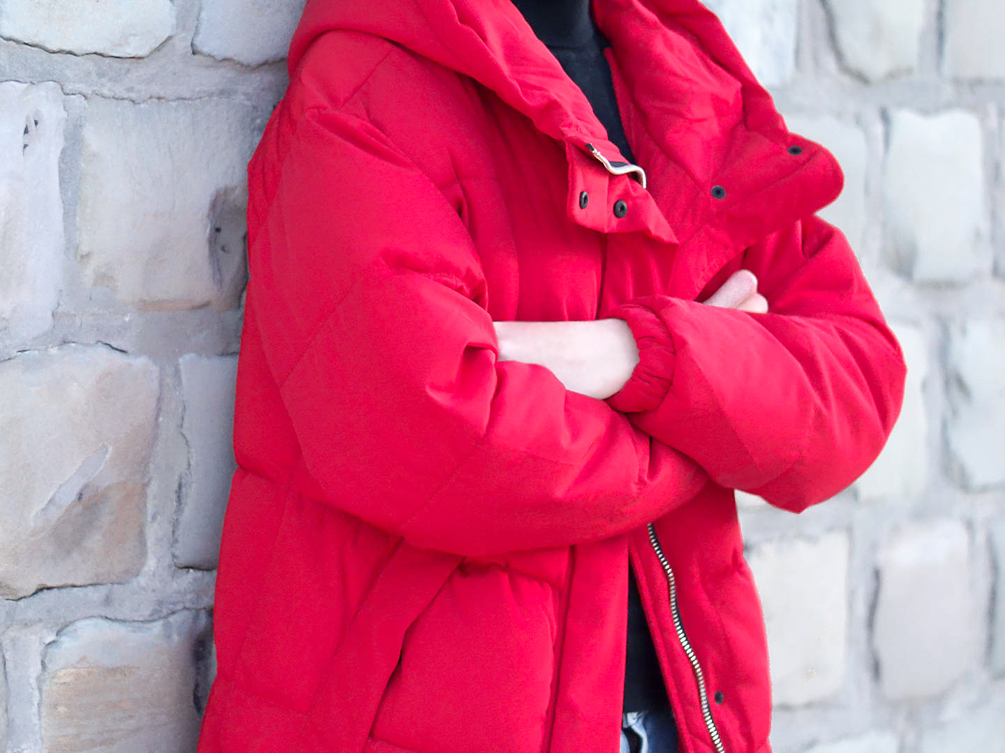 Red, puffer jacket, padded, puffy, pull and bear, oversized, outfit