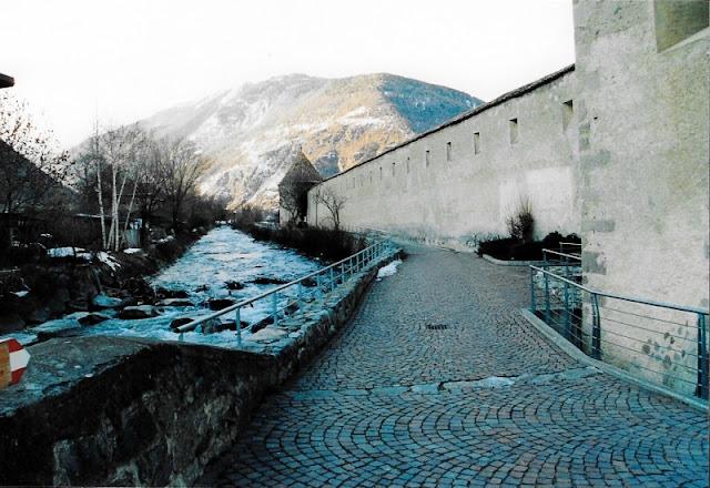 MURA-GLORENZA-VAL-VENOSTA