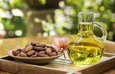 Manfaat minyak almond untuk kecantikan