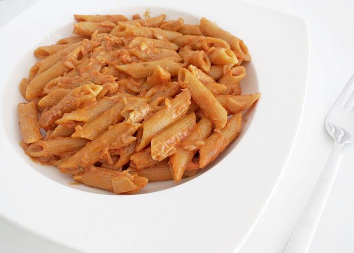 cremige One Pot Pasta mit Makrelen