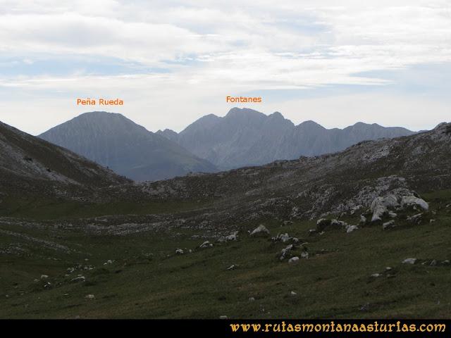 Ruta por el Aramo: Vista desde Vallongo de Peña Rueda y Fontanes