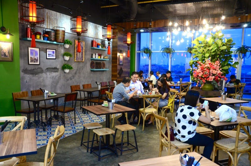 The comfy and colourful cafe-like interior of Heritage Village Jaya Shopping Centre