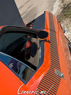 Plymouth AAR Cuda Black Stripes