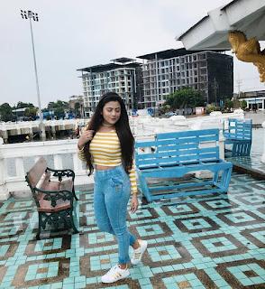 Azmeri Asha Hotest