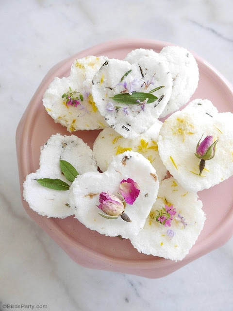 How to make beautiful scented bath bombs. Perfect for a spa party, or bridal shower.Mother's Day