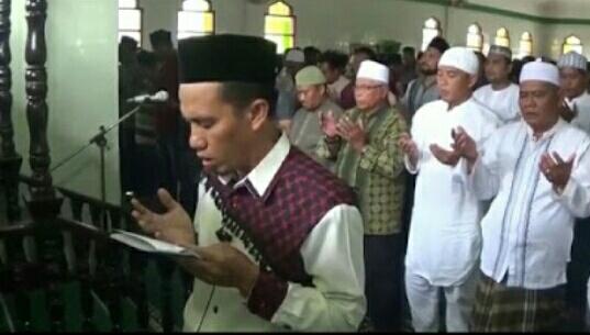 Doakan Korban Gempa Dan Tsunami, Ribuan Umat Muslim Langkat Gelar Sholat Ghoib