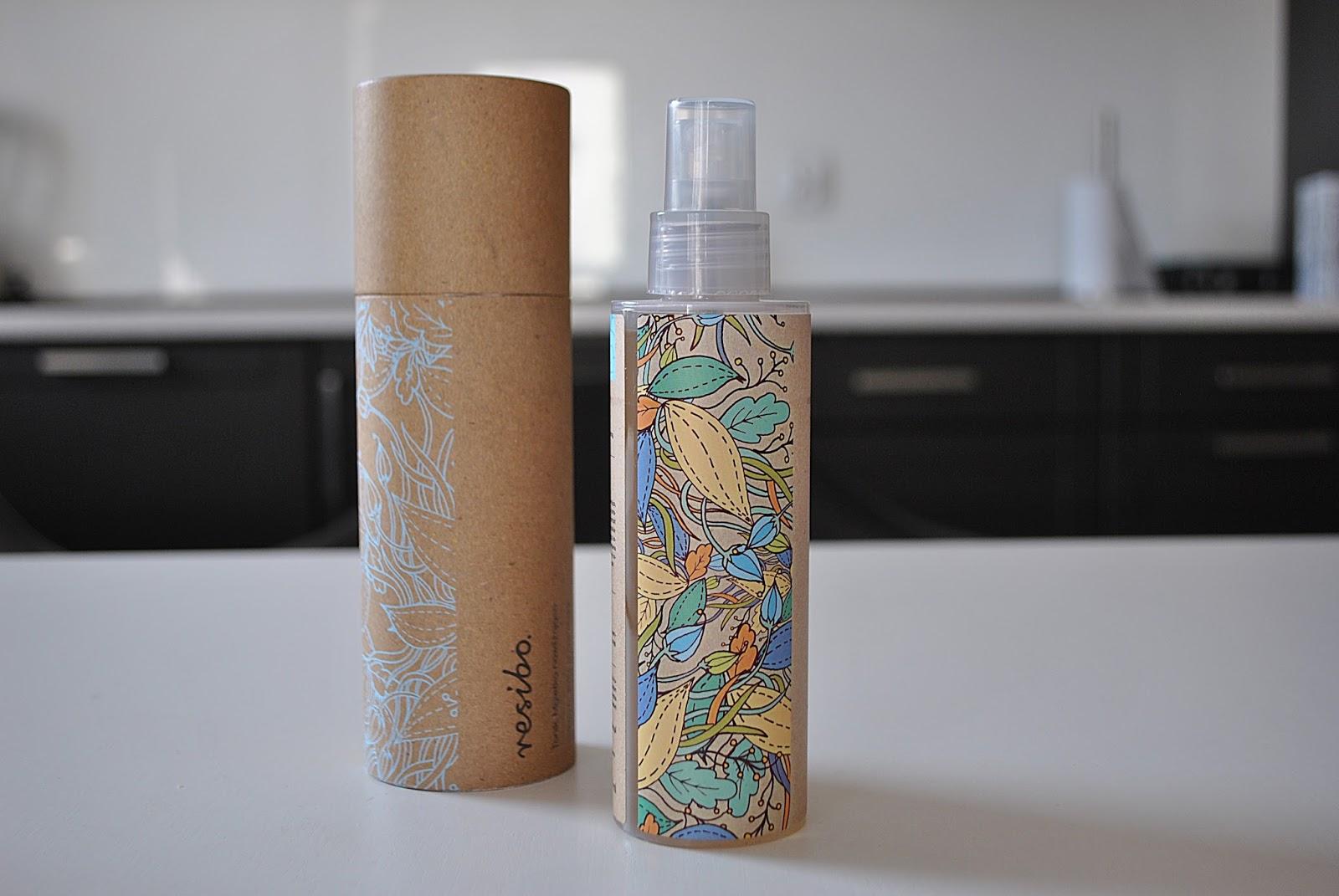 Tonik - mgiełkę nawilżającą marki Resibo