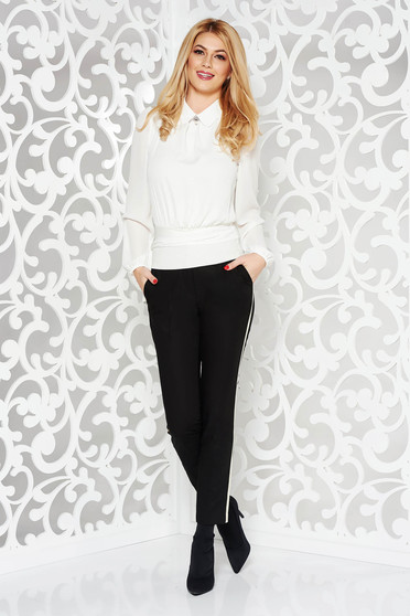 Pantaloni negri eleganti evazati cu talie inalta din stofa usor elastica accesorizati cu cordon