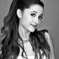 Lirik Lagu One Last Time - Ariana Grande dan Artinya