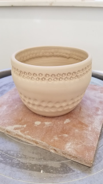 Textured stoneware pottery mug by Lily L, in progress.