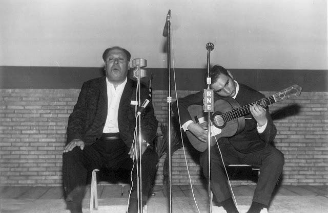 Tío Borrico con Parrilla de Jerez en la cátedra de Flamencología