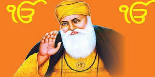 Guru-parv-ke-mauke-par-punjab-haryana-ke-gurudwaro-me-bheed-umadi