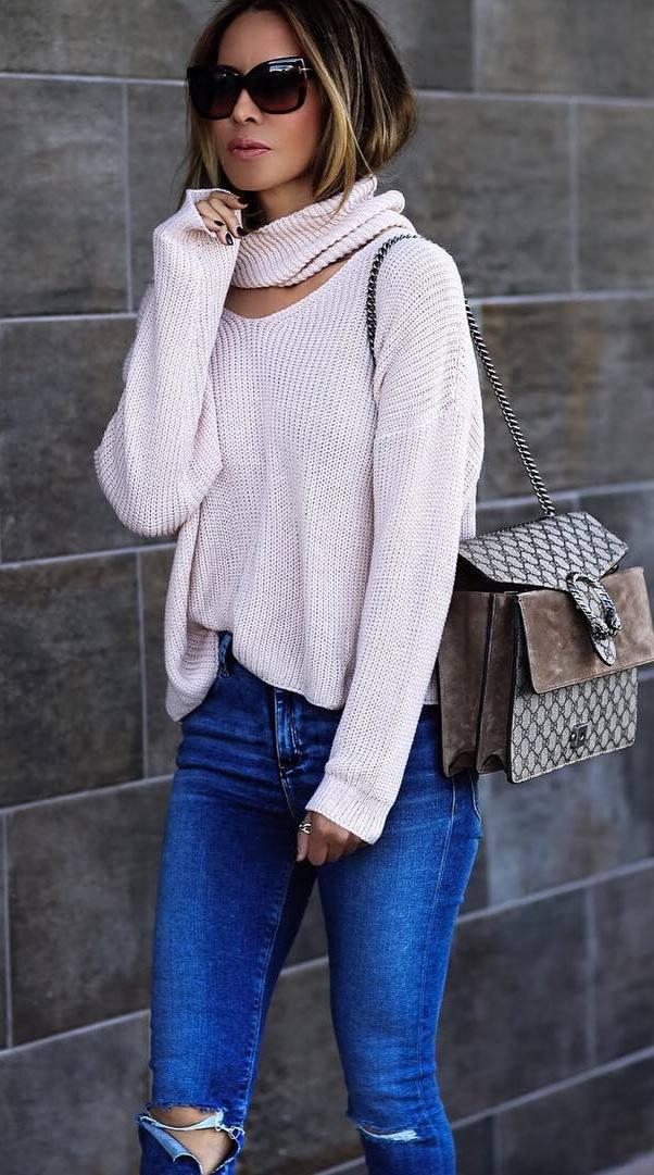 trendy outfit idea: knit + bag + jeans