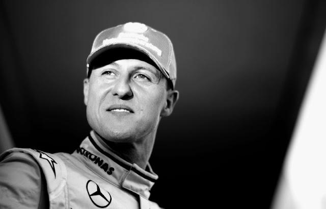 Pela 1.ª vez sentado em uma cadeira de rodas, Michael Schumacher chora olhando para as montanhas!