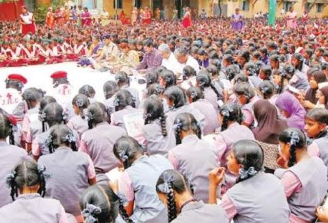 2 லட்சம் மாணவர்கள் பங்கேற்ற 'தருமபுரி வாசிக்கிறது' நிகழ்ச்சி!