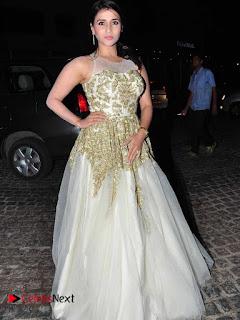 Actress Mannara Chopra Pictures at Britannia Filmfare Awards 2016  0008
