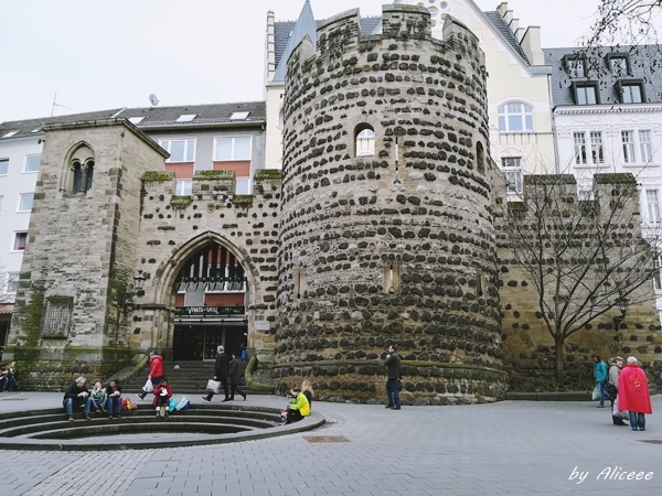 Sterntor-Bonn-Germania-de-vizitat