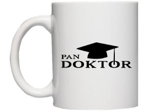 kubek Pan Doktor - prezent na obronę pracy doktorskiej