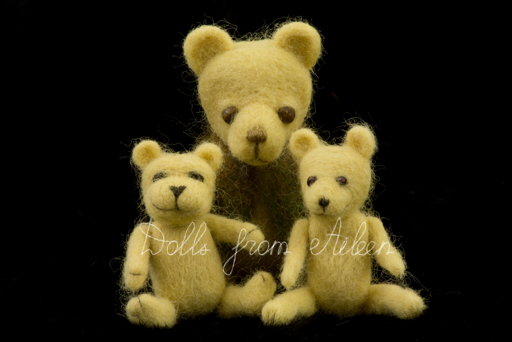 ooak needle felted teddy bears together