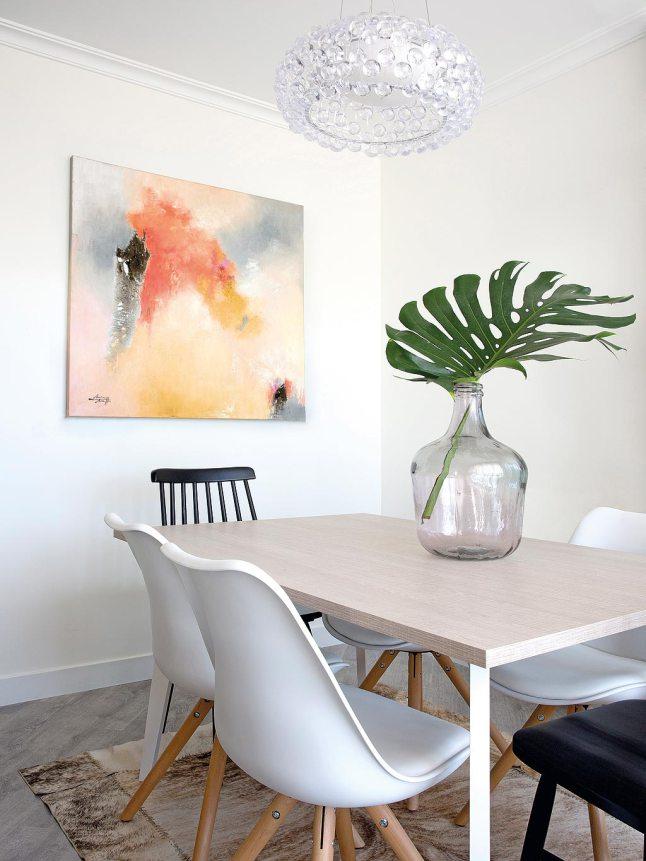 Una pizca de hogar piso escandinavo a todo color en madrid for Comedor escandinavo