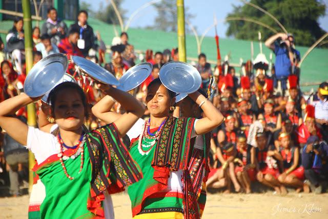 Kachari Naga women performing traditional plate dance at Nagaland Hornbill Festival 2015 1