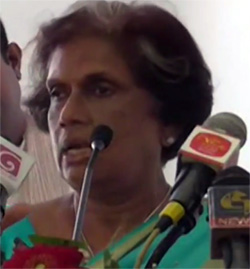 """""""If Joint Opposition comes for discussions asking that mistakes be put aside ... I'll crack their ears"""" -- Chandrika's statement (video)"""