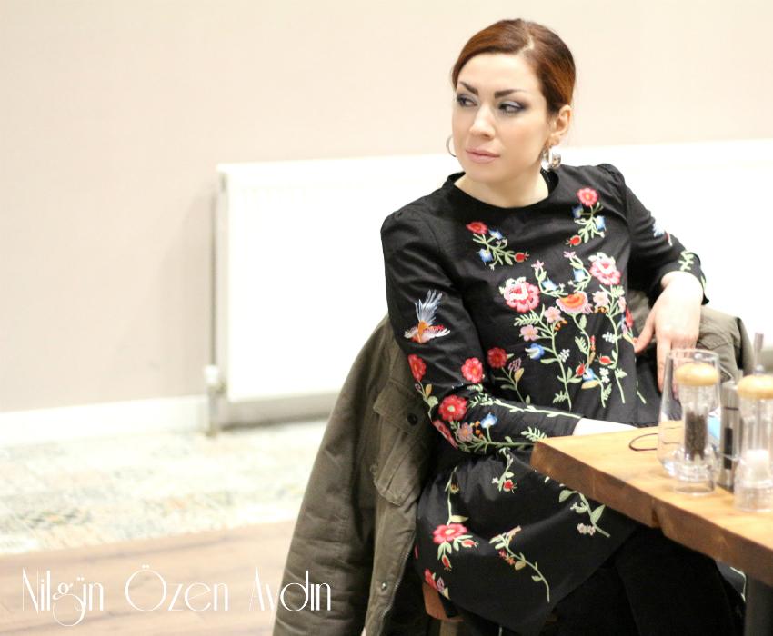 kadife elbiseler-nakışlı elbiseler-moda blogu-fashion blogger