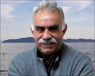 PUNTADAS CON HILO - Página 11 Turkeys-jailed-Kurdish-PKK-leader-Abdullah-Ocalan-photo-Ekurd-murdochs-net-au