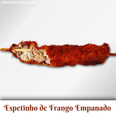 Espetinho de frango empanado