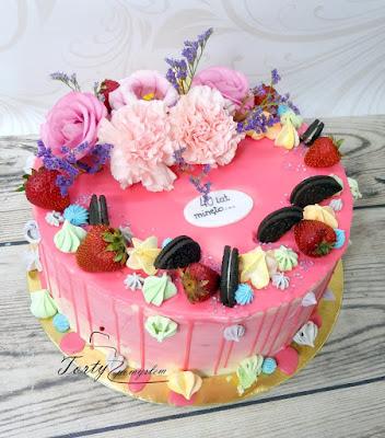 drip cake kwiaty i owoce