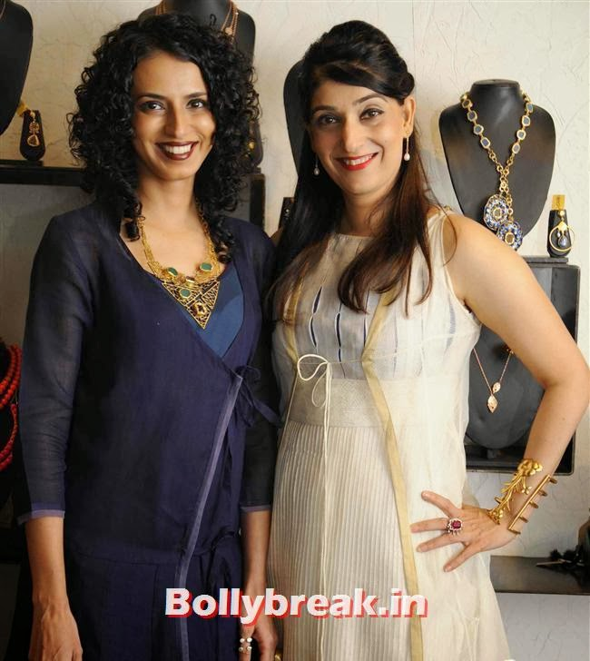 Aparna Badlani and Azmina Rahimtoola of Atosa, Vishakha Singh at Aparna and Azmina Host Summer Preview