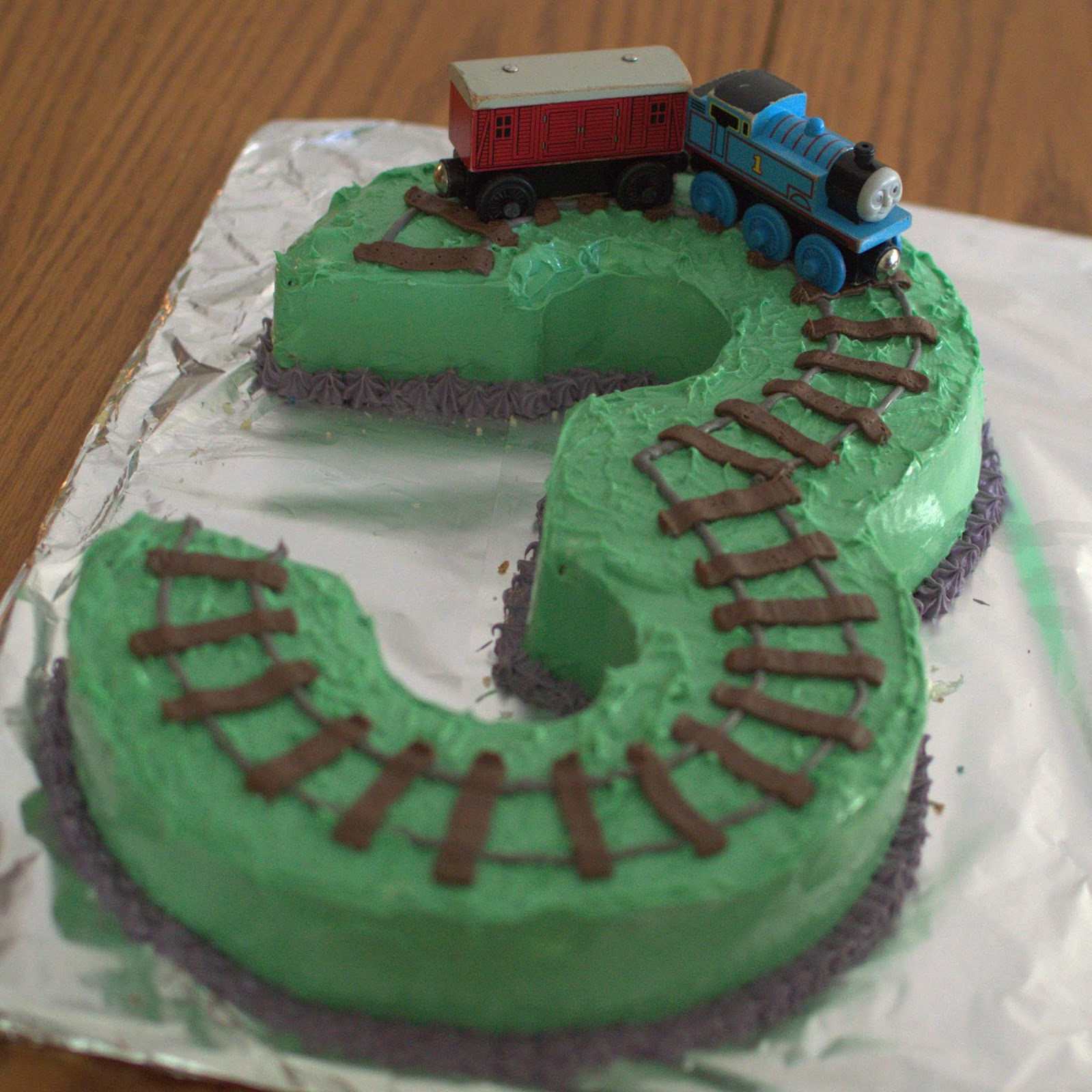 Awe Inspiring What I Live For Thomas The Train Birthday Cake Funny Birthday Cards Online Fluifree Goldxyz
