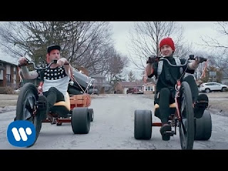 Stressed Out  Lyrics Twenty One Pilots explodelyrics