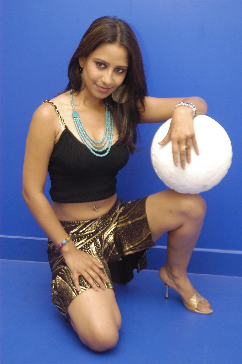 Cinesizzlers Tollywood Singer Tina Hot Photos Gallery Part2-5820