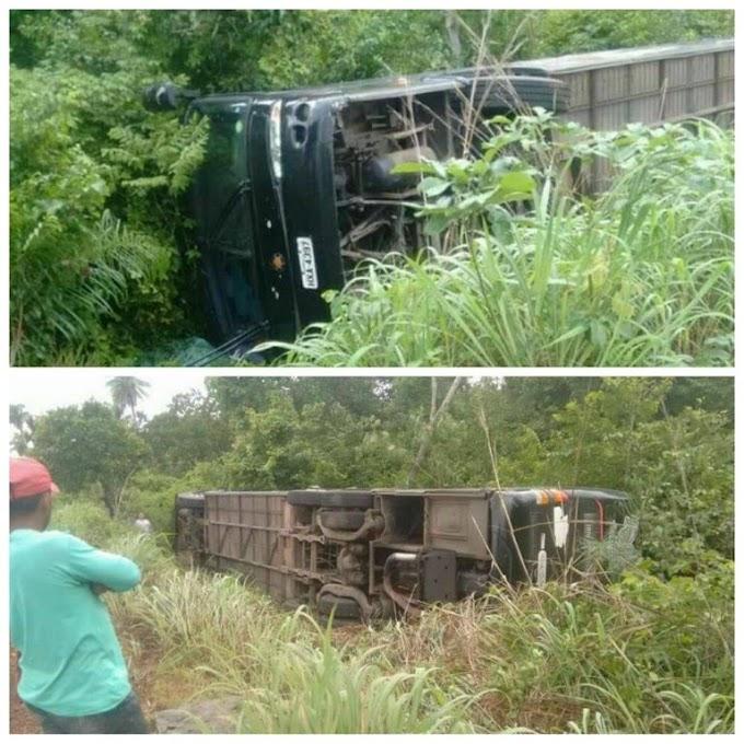 Ônibus da banda Cavalo de Pau tomba em estrada do Maranhão