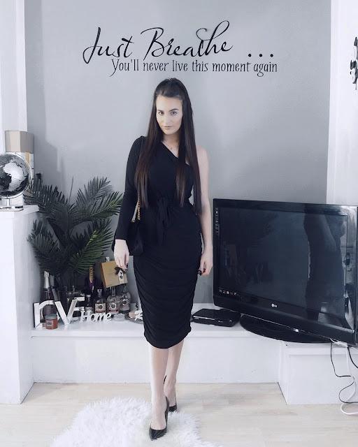 Black One Shoulder Ruched Slinky Midi Dress