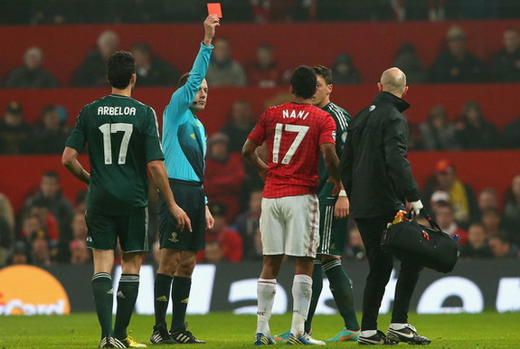 Referee Cuneyt Çakir had 'committed a crime' by sending Nani off
