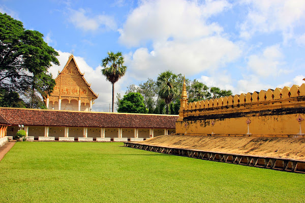 Pha That Luang and Wat palace Thatluang Neua