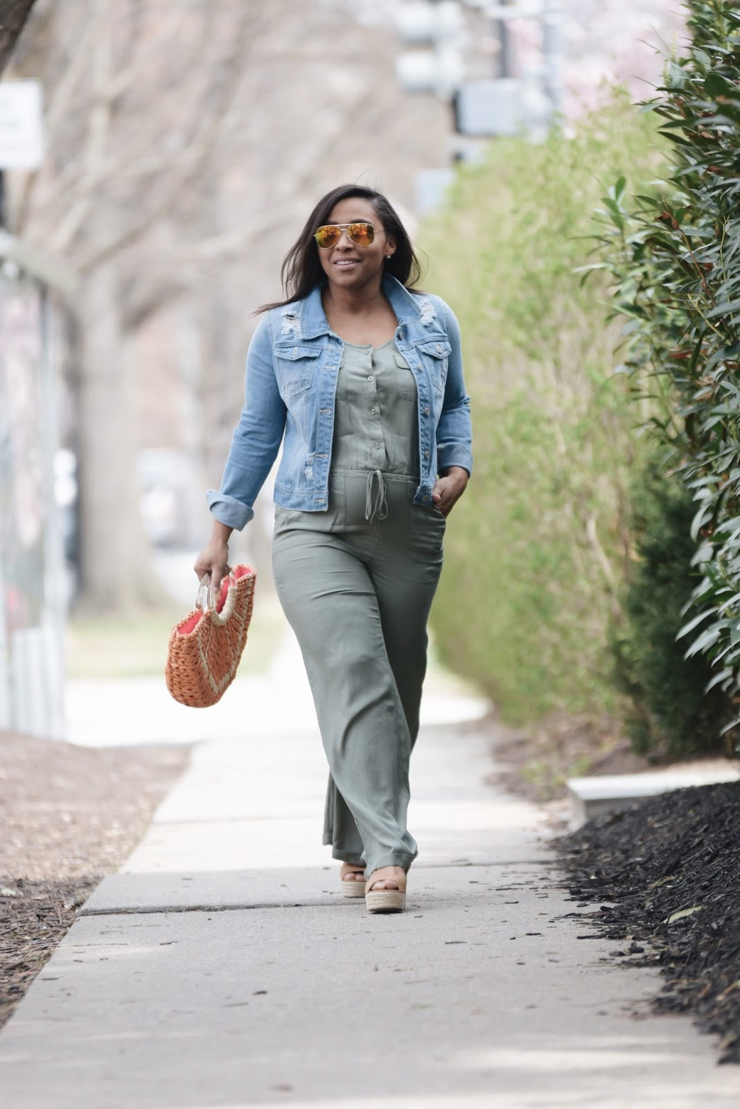 Mom blogger, denim jacket, kate spade bags, pregnant fashion, fashion blogger, pregnant in heels, maternity fashion, spring bags