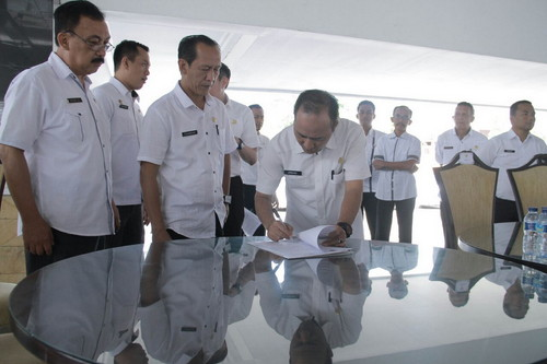 Anggota Dewan Kabupaten Muba Kembalikan Mobdin