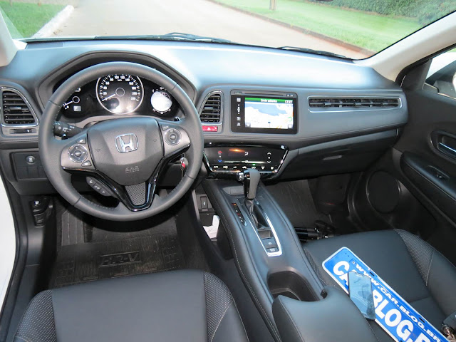 carro SUV Honda HR-V - interior