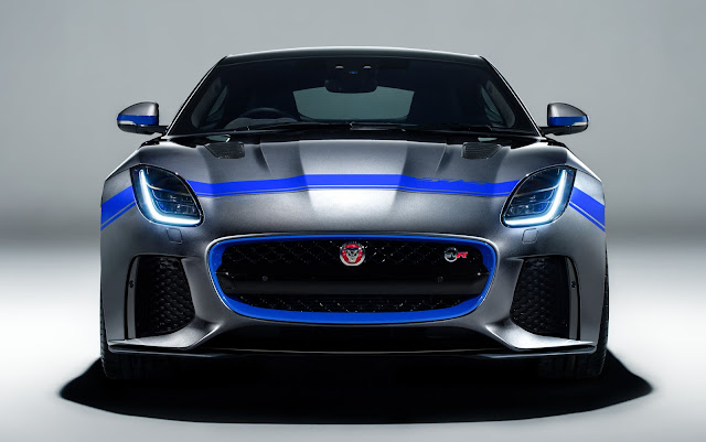 Jaguar F-Type SVR 575 Color Package