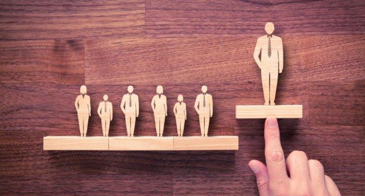 Modal-Modal Pemimpin: Mudahnya Mencalon, Susahnya Terpilih