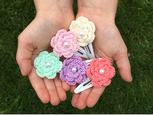 Quick and Easy Crochet Hair Clips - A Free Tutorial