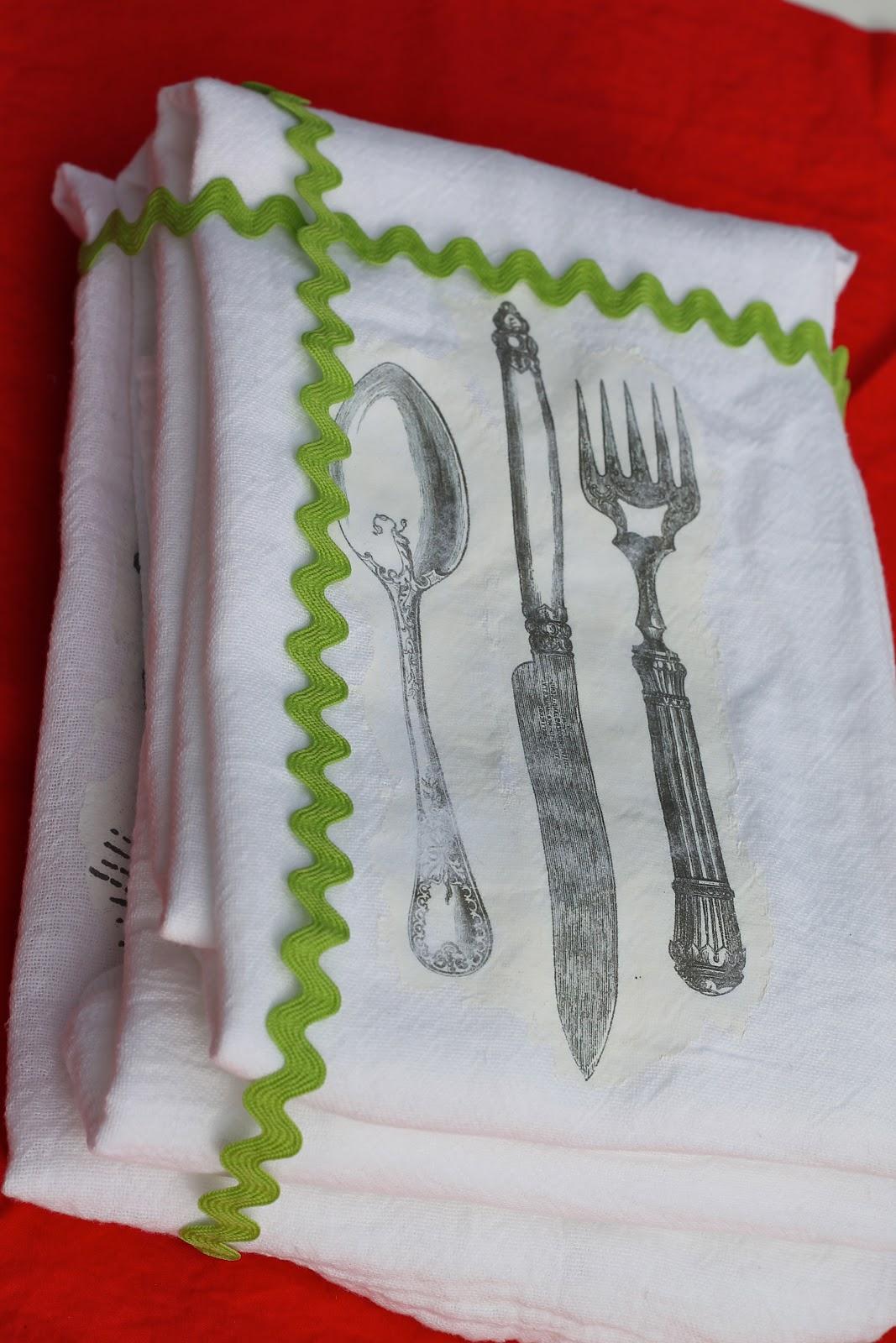 Dish Towel: DIY Image Transfer Tutorial - welcometothemousehouse com
