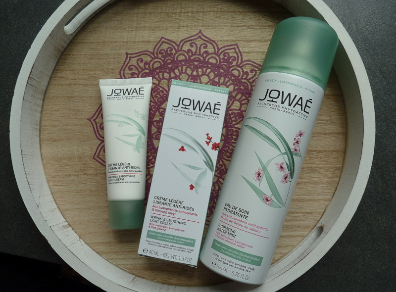 JOWAE Lekki krem wygładzający zmarszczki przeznaczony dla skóry normalnej, mieszanej i wrażliwej