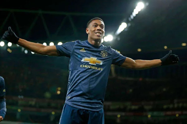 Anthony Martial Can Emulate Cristiano Ronaldo at Man United - Solskjaer