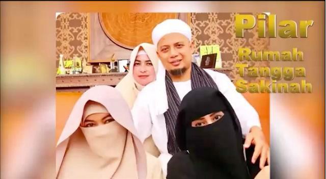 Istri Pertama Ustadz Arifin Ilham Unggah Video 10 Pilar Keluarga Sakinah
