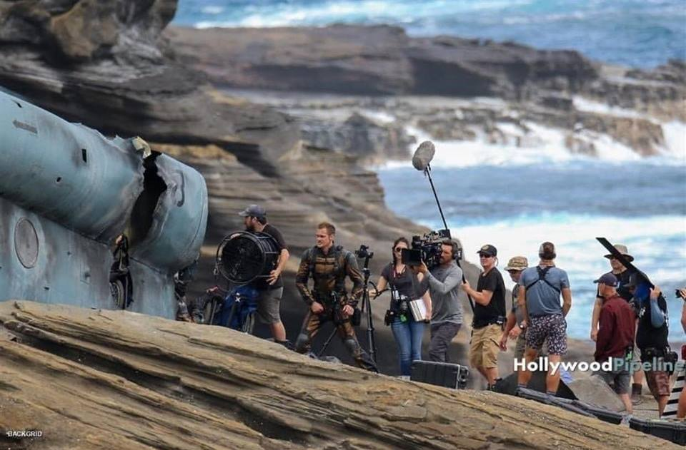 Godzilla VS King Kong - First On-The-Set Images Released - JEFusion